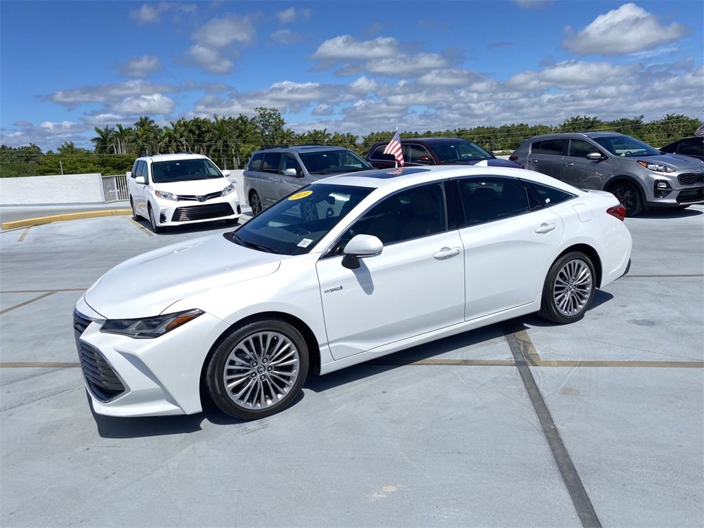 Pre-Owned 2019 Toyota Avalon Hybrid Limited