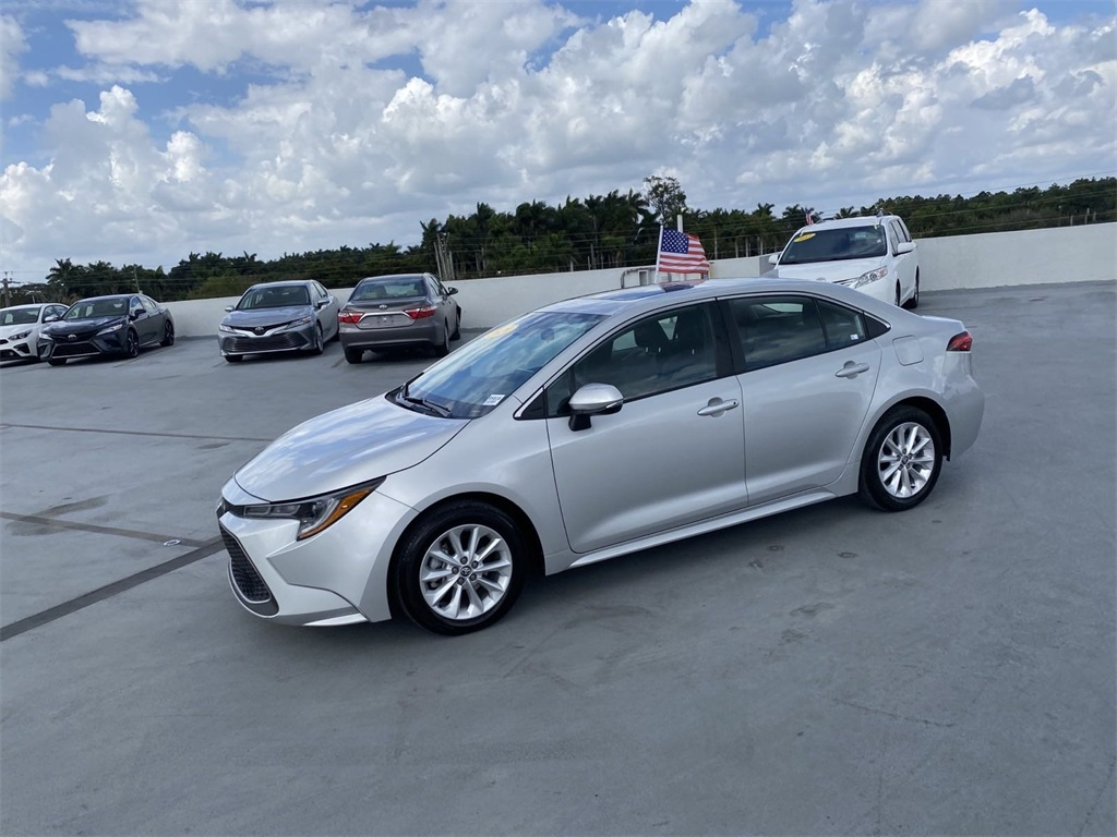 Pre-Owned 2020 Toyota Corolla XLE