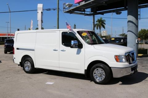 Pre-Owned 2015 Nissan NV2500 HD SL